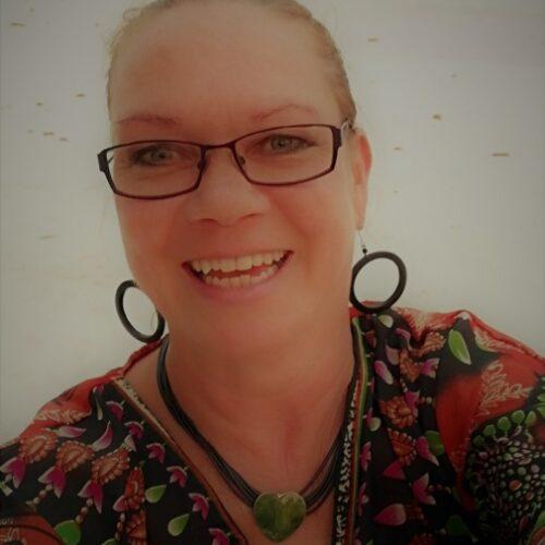 Paula Uimonen, professor